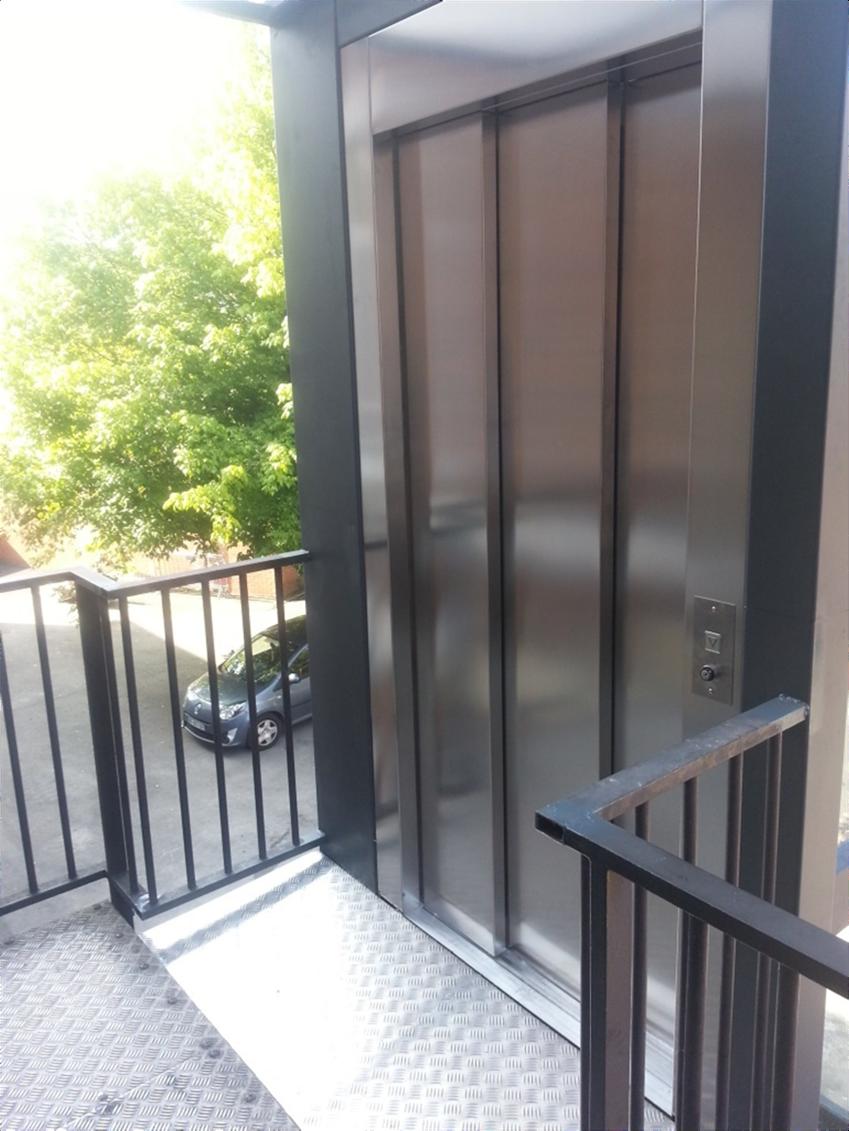 ascenseurs privatifs pmr hauteur sup rieur 3 m tres. Black Bedroom Furniture Sets. Home Design Ideas